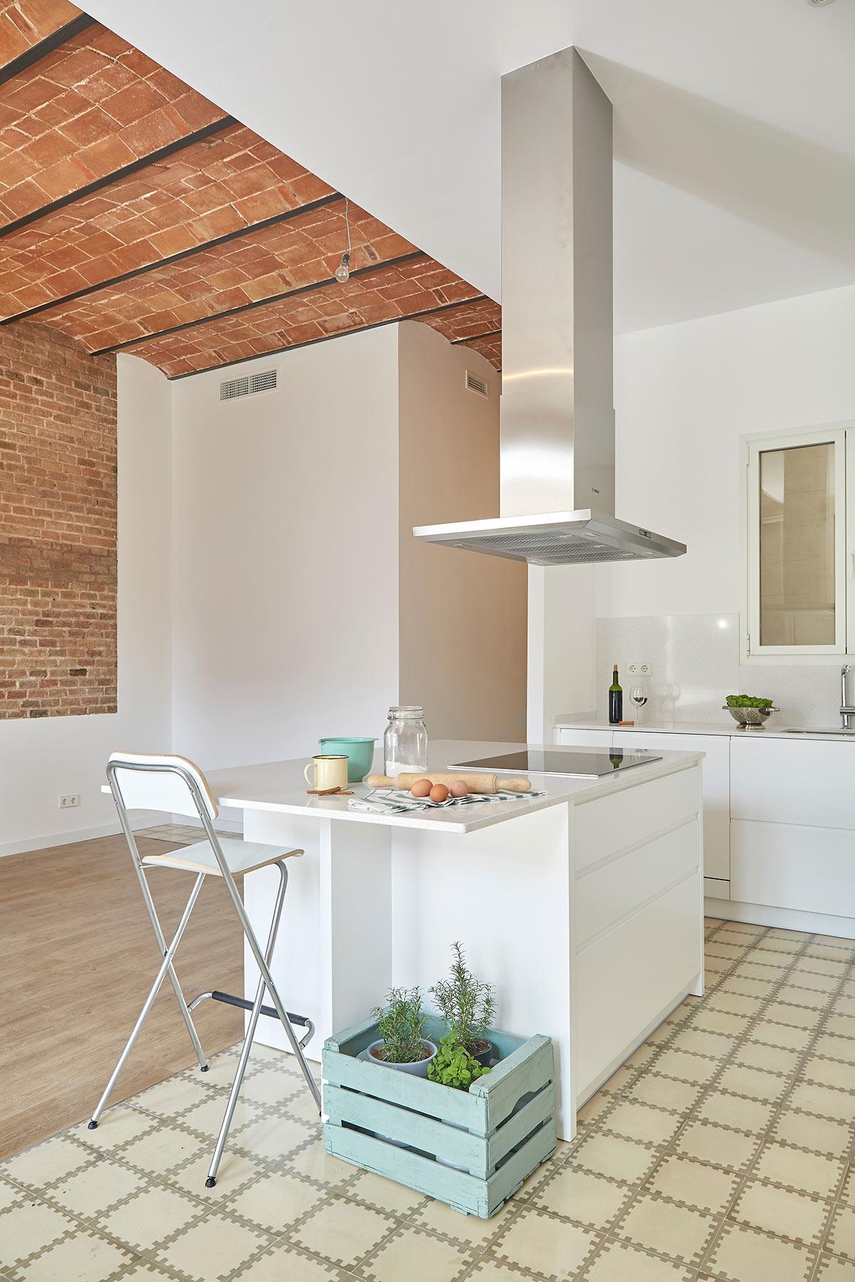 Cocina laca blanca con isla omo barcelona f brica armarios y muebles de cocina a medida 9 - Fabrica muebles barcelona ...