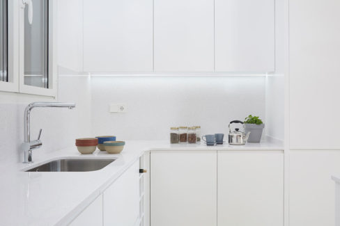 Cocina blanca lacada