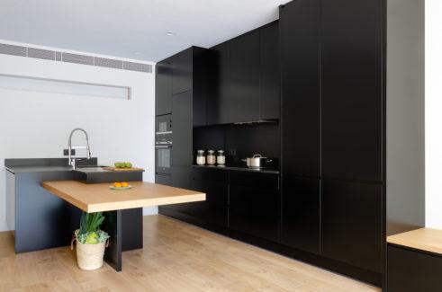 Cocinas negras lacadas Barcelona
