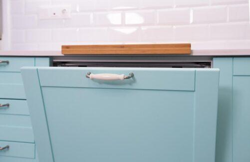 Cocina con lavavajillas integrado